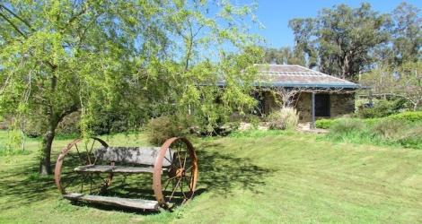 Hollow Log Estate image