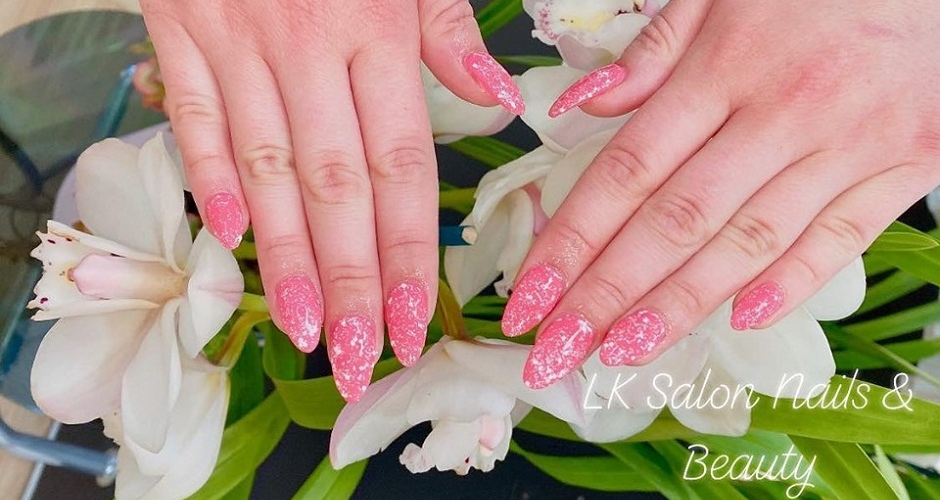 Lk Salon Nails & Beauty - 1
